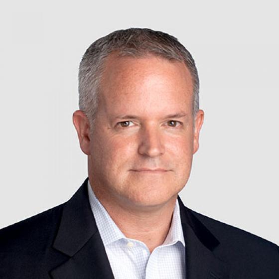 David Gray ialah Ketua Pegawai Kewangan di Superior Essex, jawatan yang telah disandangnya sejak dua tahun yang lalu. Gray telah memanfaatkan lima tahun terakhir kerjayanya dengan syarikat, dinaikkan pangkat daripada Naib Presiden Kewangan untuk Bahagian Komunikasi dan Kabel Tenaga kepada peranan semasanya yang mengawasi keseluruhan pengeluar global $2B. Sebelum menyertai Essex, beliau merupakan VP Kewangan dan IT di Cooper Bussman serta CFO interim untuk Digital Blue, di situ beliau membantu mengurangkan SG&A sebanyak 30% yang membawa kepada pengambilalihan yang berjaya. Beliau memperoleh ijazah dalam bidang Perakaunan daripada Penn State, telah disahkan sebagai CPA oleh Lembaga Akauntan Awam Maryland dan menerima CMA daripada Institut Akauntan Pengurusan.